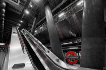 Underground Escalator von David Pyatt