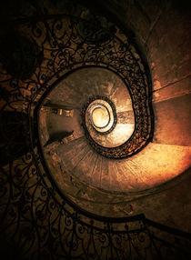 Old forgotten spiral staircase von Jarek Blaminsky