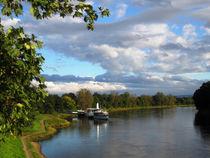 Dampferfahrt auf der Elbe bei Dresden, Sachsen. by Marita Zacharias