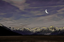 Cresent-moon-over-the-mountains-1-of-1