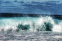 Wave after Wave by Susanne  Mauz