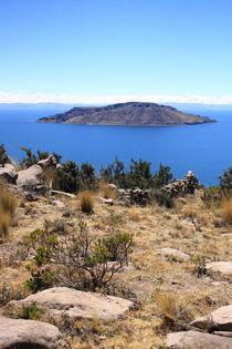 Insel im weltberühmten Titikakasee, Peru von Marita Zacharias