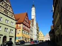 Die Herrngasse in Rothenburg ob der Tauber by gscheffbuch