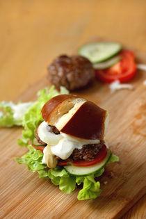 Brezen-Burger mit Werdenfelser Rindfleisch  by lizcollet