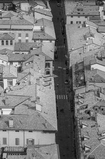 Bologna - Strada maggiore dalla Torre degli Asinelli by Federico C.