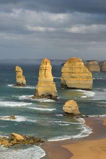 Twelve Apostles - Great Ocean Road by usaexplorer