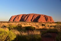 Ayers Rock (Uluru) by usaexplorer