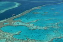 Great Barrier Reef - Boats by usaexplorer