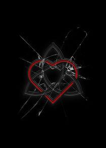 Celtic Knotwork Valentine Heart Broken Glass Texture von Brian Carson
