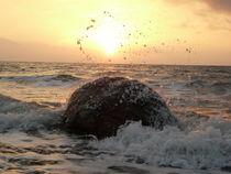 Meerestropfen die Sonne umarmt von Simone Marsig