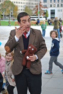 Mr. Bean... by loewenherz-artwork