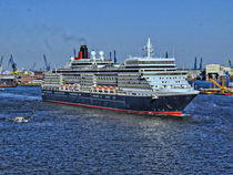 Queen Elizabeth, Hamburg by Christoph Stempel