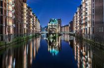Wasserschloss in der Speicherstadt Hamburg by Dennis Stracke