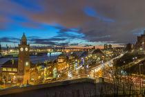 Abends am Stintfang Landungsbrücken Hamburg von Dennis Stracke