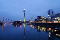 Skyline of Düsseldorf, Germany by Frank Mitchell