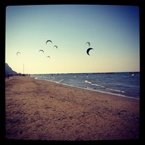 Flying kites by Azzurra Di Pietro