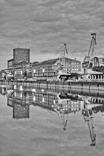 Hafen Karlsruhe 6Uhr by Stephan Gehrlein