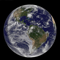 Full Earth with Hurricane Irene visible. von Stocktrek Images