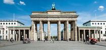Brandenburger Tor by Rainer F. Steußloff