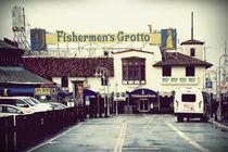 Fishermans Grotto  by Bastian  Kienitz