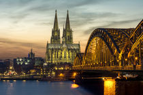 Kölner Dom - Hohenzollernbrücke - Sonnenuntergang von Klaus Tetzner