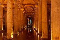 Säulengang in unterirdischer Zisterne von cfederle