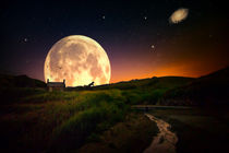 Moon-behind-the-house-1-von-1