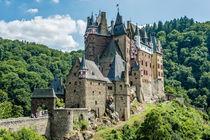 Burg Eltz 07 by Erhard Hess