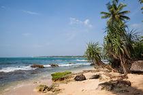 Paradiesische Badebucht im Süden Sri Lankas by Gina Koch