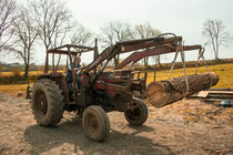 Massey 185  by Rob Hawkins