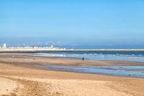Strand an der Küste des Atlantiks bei El Jadida in Marokko by Gina Koch