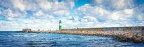 Green-lighthouse