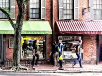 Sig-bostonmastreetwithcandystoreandbakery