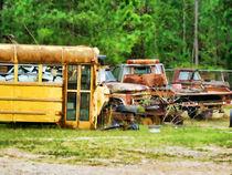 Old-school-bus-4