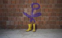 Grafitti and Yellow Boots von Michael Robbins
