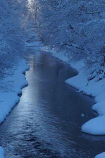 River in Winter by unrealkm
