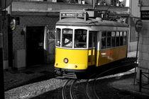 Historische Straßenbahn in Lissabon by Thomas Erbacher