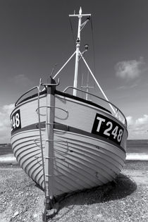 Fischerboot am Strand by kiwar