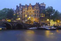 Regenabend in Amsterdam by Patrick Lohmüller
