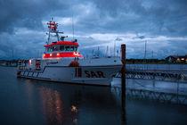 Im Hafen by Peter Steinhagen