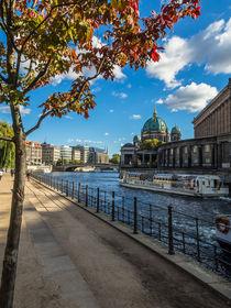 Berlin an der Spree - im Herbst I von elbvue