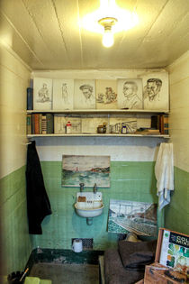 Alcatraz Island - Artists cell by Chris Berger