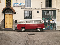 Old WV bus in Morocco horisontal by Philip Elberling