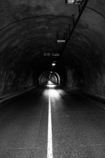 Tunnel by Marcel Fagin