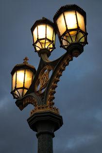 Victorian street lighting von Leighton Collins