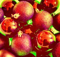 Ausschnitt-weihnachtskugeln150-bearbeitet2-bunt