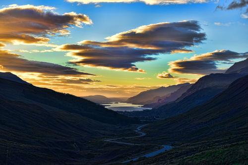 Mountain-sunset-loch-maree