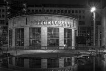 Stuttgart bei Nacht - Friedrichsbau#1 by Colin Utz