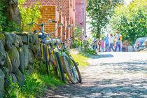 Fahrräder an der Wand von mnfotografie