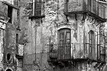 Sicilian Medieval Facade von captainsilva